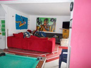 Couchlandschaft im Saal
