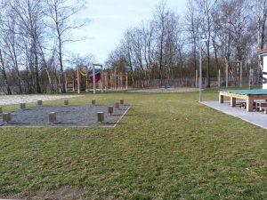 Feuerstelle & Bauspielplatz